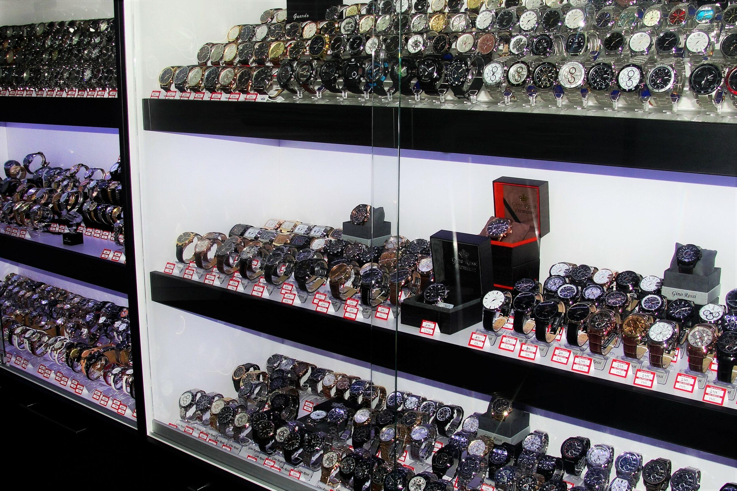 Outletwatch Centrum Handlowe Katowice-Załęże Zegarki damskie, zegarki męskie, smartwatche